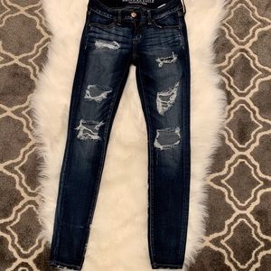 American Eagle Distressed ripped jeans